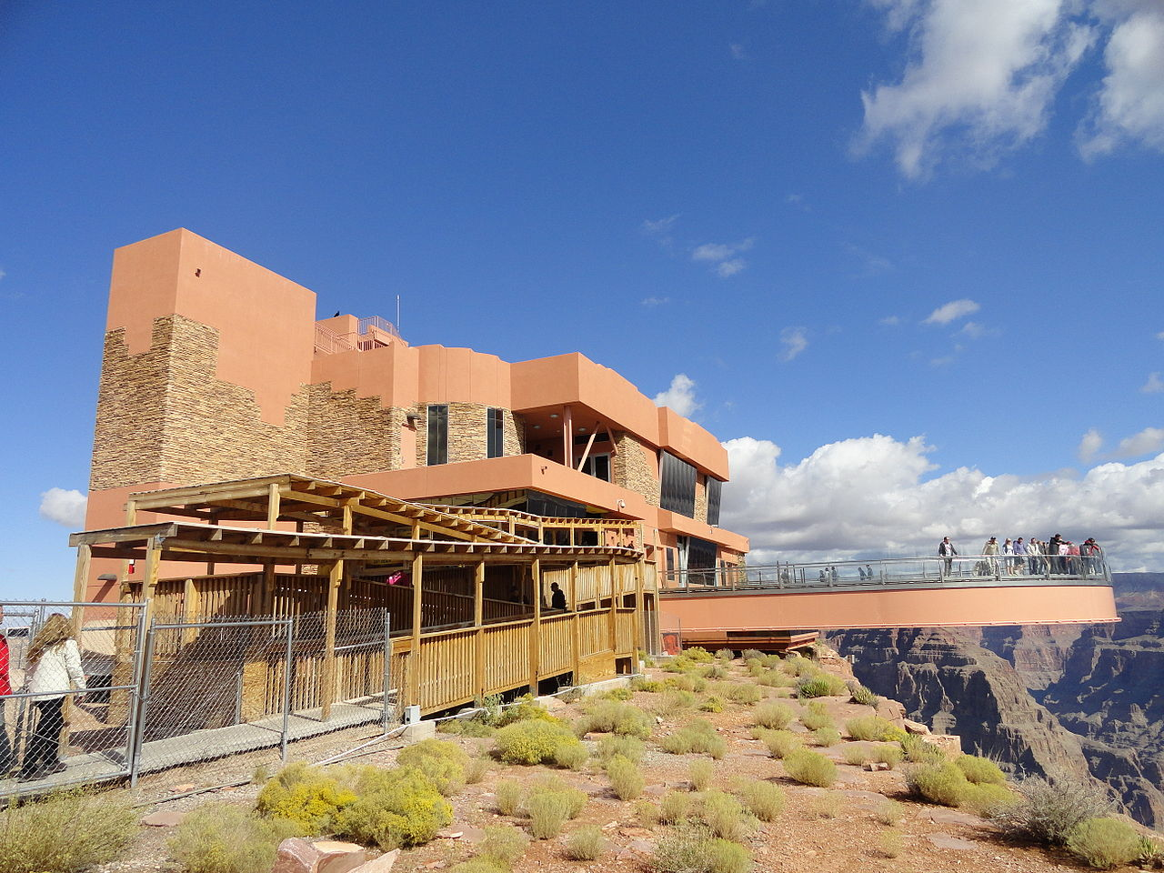 1280px-Skywalk,_Arizona,_USA_(9536805526)